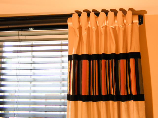 Window Treatments traditional-home-office