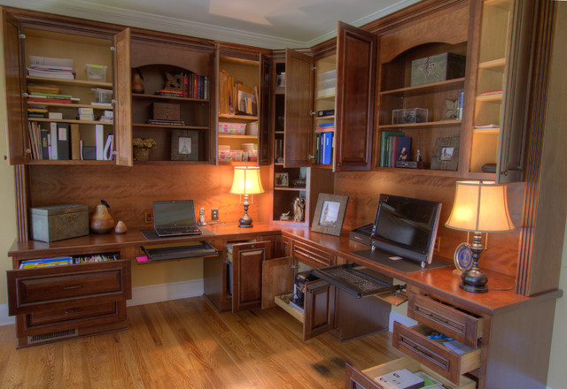 With space for files, printers, storage and even the wastebasket! traditional-home-office