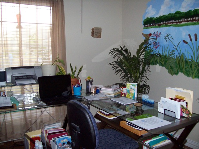 Working Quietly in the stillness of color and beauty contemporary-home-office