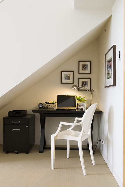 Yaletown Loft contemporary-home-office