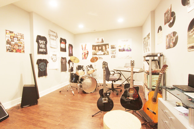 Basement life music room for Room decorating ideas music