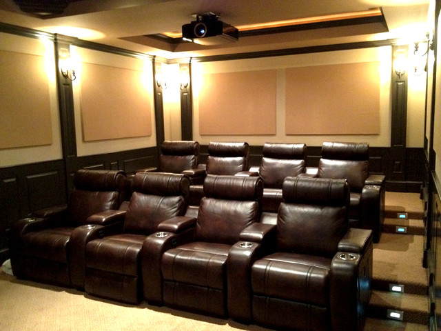 Custom home theaters media rooms for Luxury home theater rooms