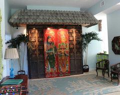 Vero Beach Florida - White Surf Beachside Home asian-home-theater
