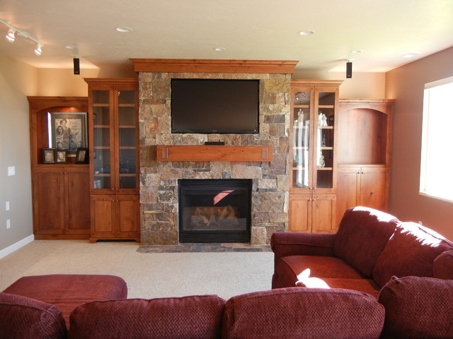 Draper Entertainment Center traditional-home-theater