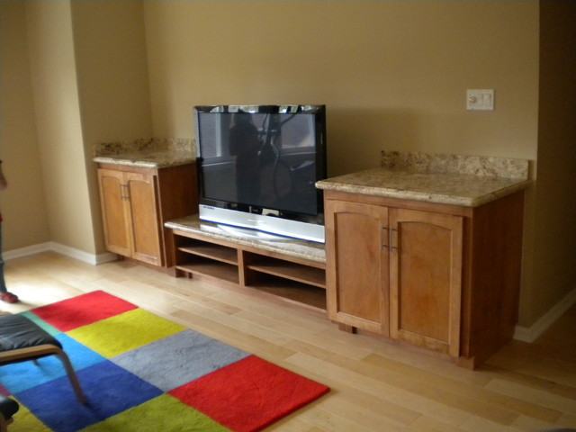 Entertainment Center traditional-home-theater