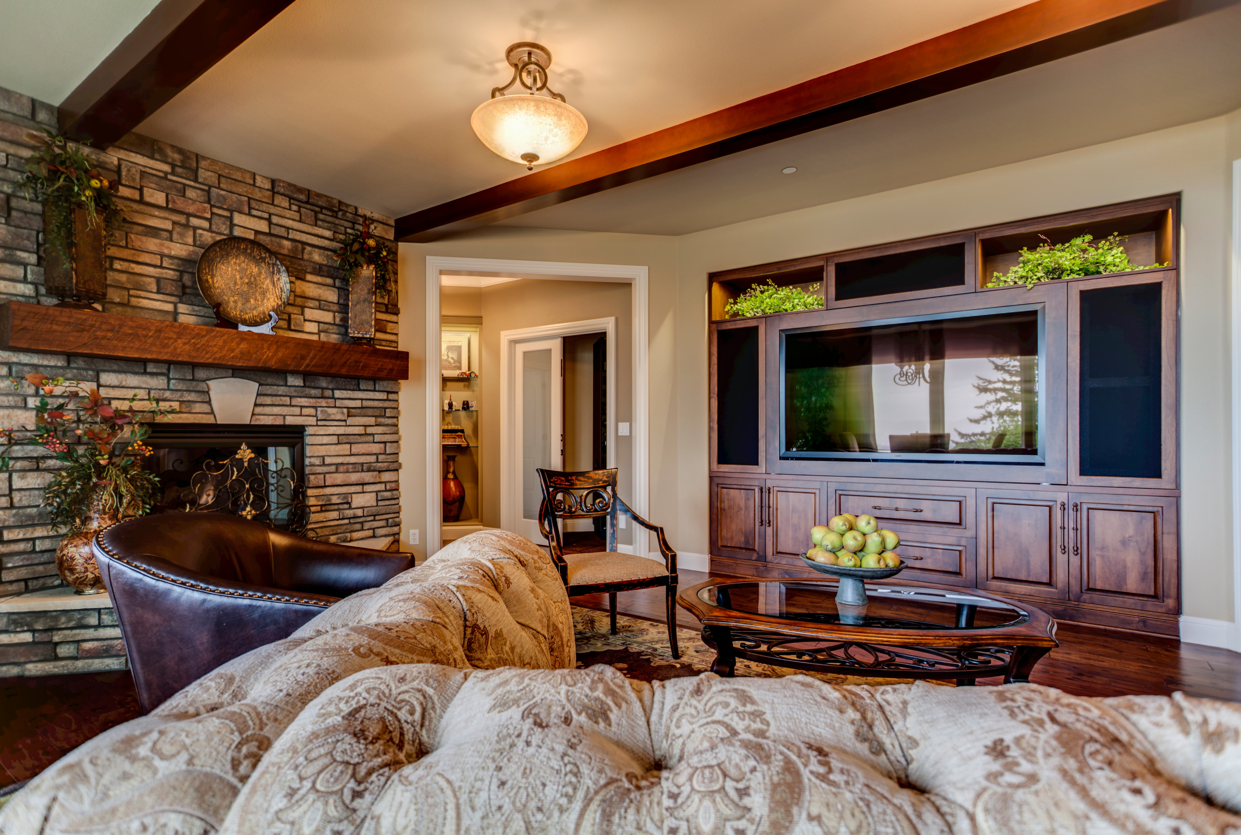HIGHLAND FAMILY GREAT ROOM
