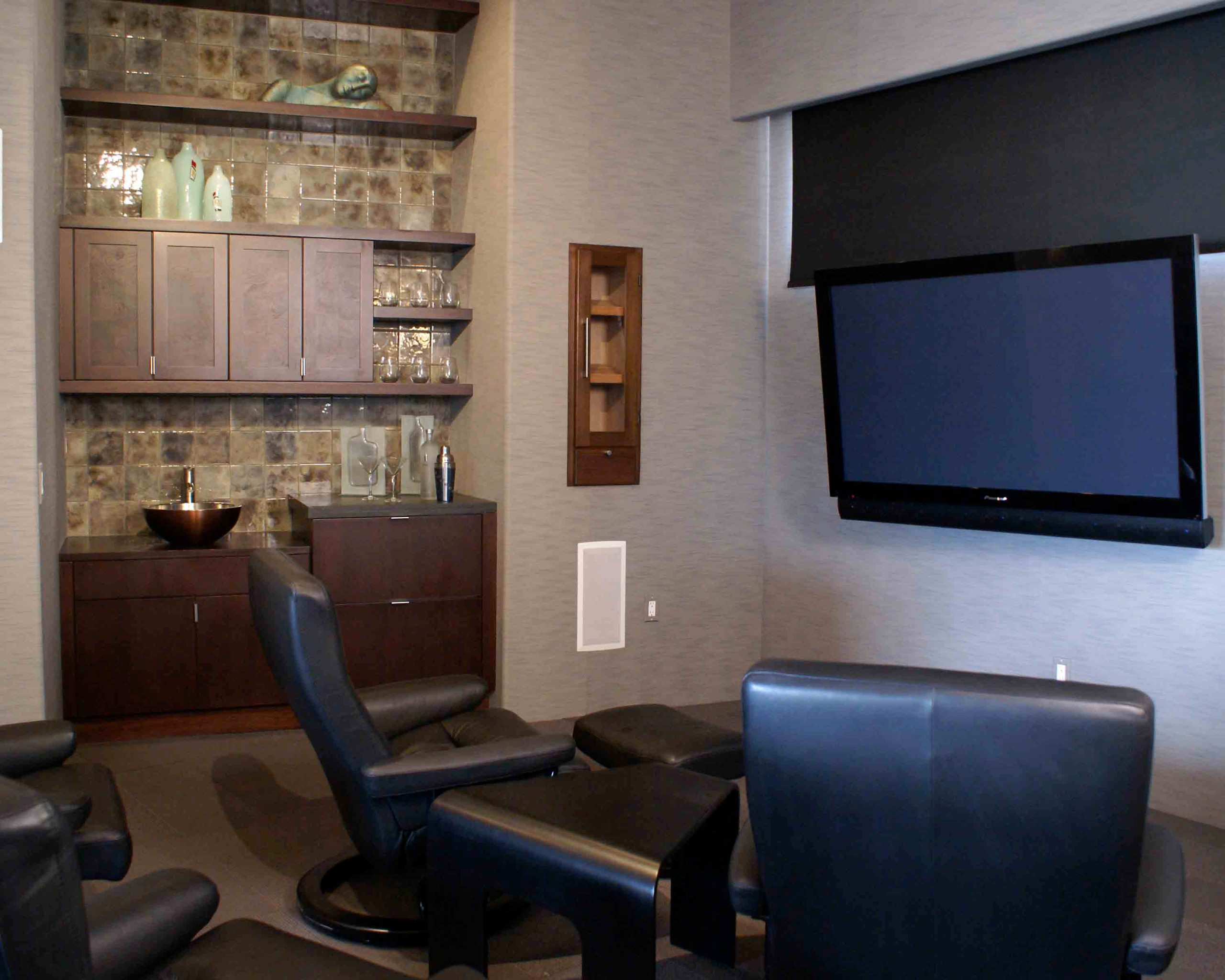 Home Theatre / Wetbar