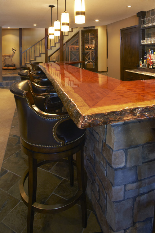 I Really Like The Wood Bar Top In This Photo It Gives Warm Inviting Eal