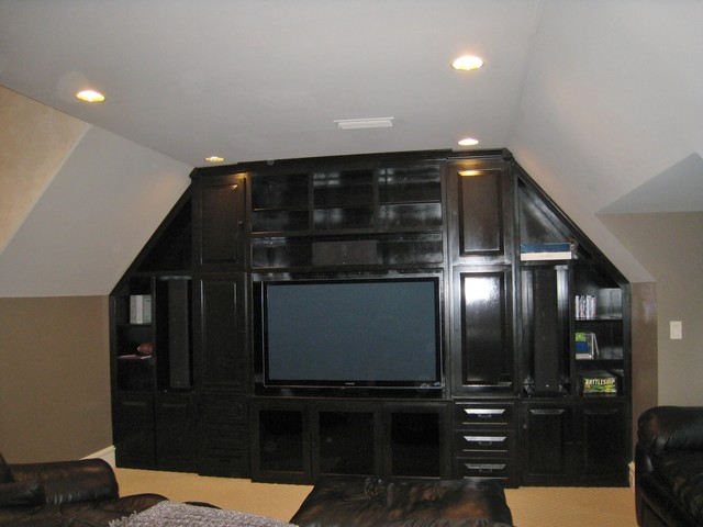 Marquette Media Room traditional-home-theater