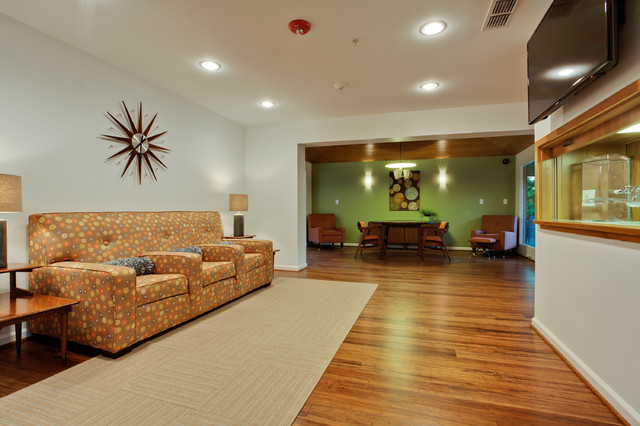 PBH Colip House traditional-home-theater