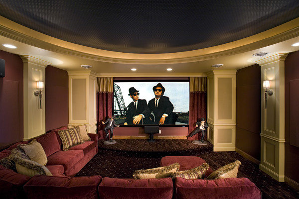 Royal Oaks Design, Inc. traditional-home-theater