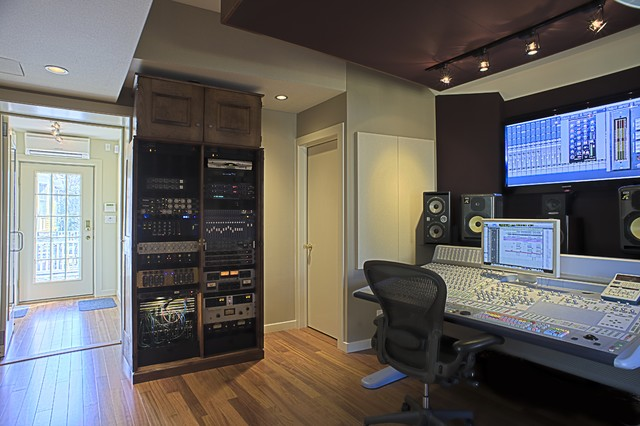 studiolounge modern home theater - Home Music Studio Design Ideas