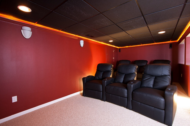 Large Elegant Open Concept Carpeted Home Theater Photo In Newark With Red Walls And A Media