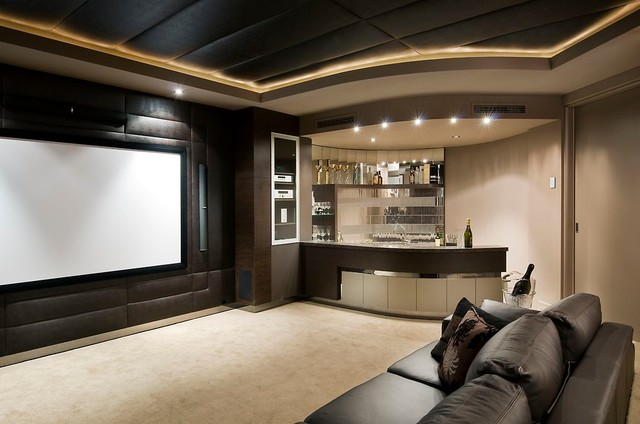The Resort transitional-home-theater