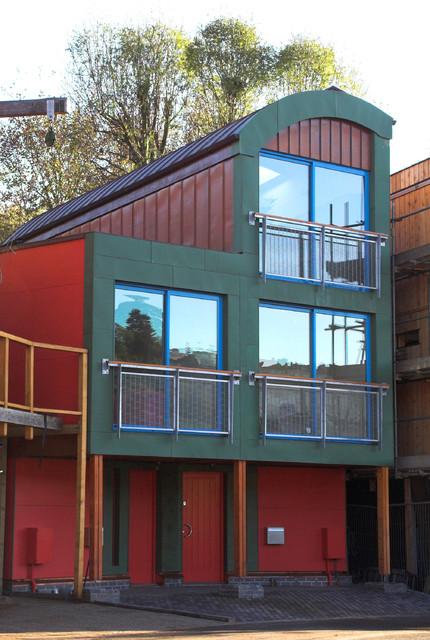 16 & 17 The Yard contemporary-exterior