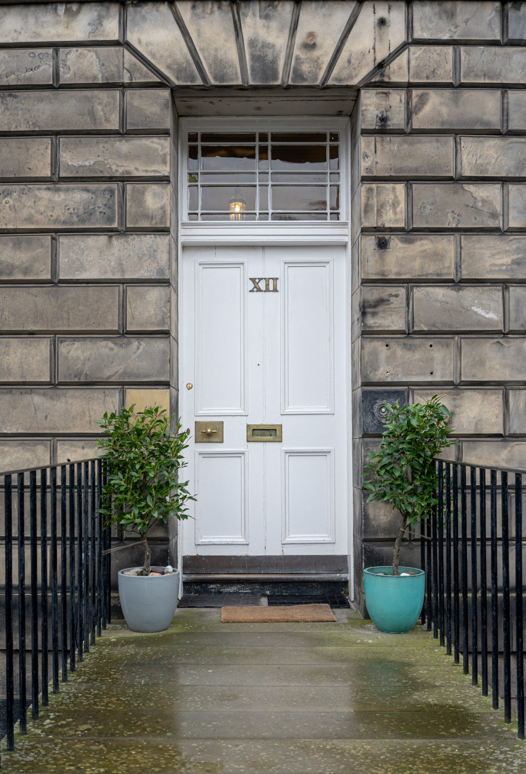 Alterations to a B-listed flat in the New Town, Edinburgh