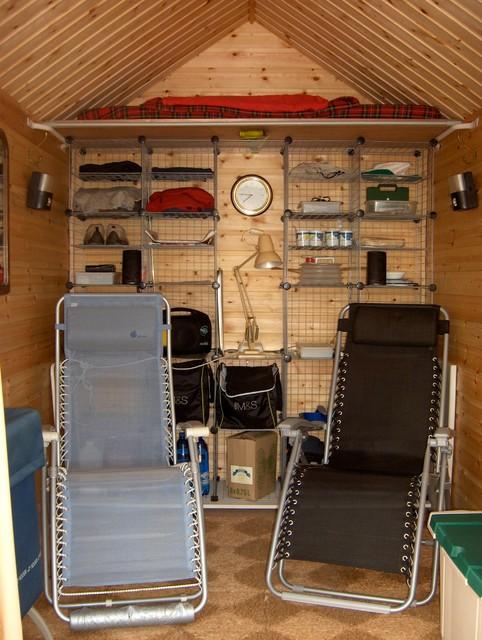 Beach hut ideas traditional exterior london for Beach hut decoration ideas