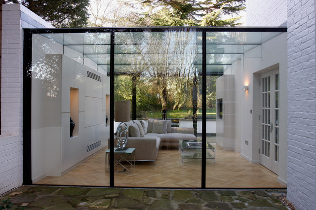 Bishops avenue contemporary exterior london by iq for Outside rooms uk