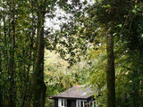 midcentury exterior Houzz Tour: In Ireland, a Light and Airy Lakeside Cabin (19 photos)