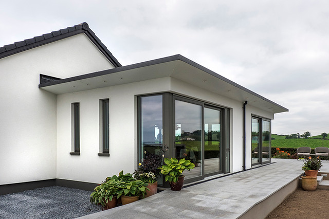 Contemporary extension to 60 39 s bungalow contemporary - Bungalow extension designs ...