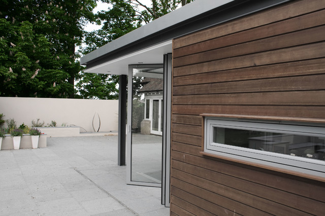 Contemporary garden room extension contemporary for Modern garden room extensions