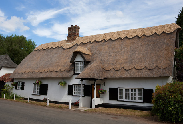 Country Cottage Re Ridged Thatched Roof Traditional Exterior East Anglia By Dodson