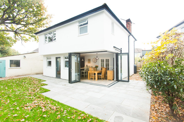 Double storey rear extension in Addlestone - Contemporary - Exterior ...