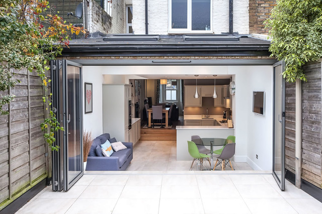 Extension to victorian cottage in teddington by l e don for Cottage kitchen extensions