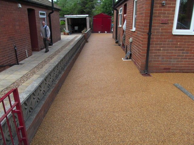 Pebble Magic Resin Bound Surfaces Paving Drives Gravel