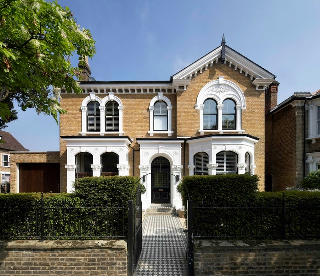 Private Home In Chiswick London Victorian Exterior