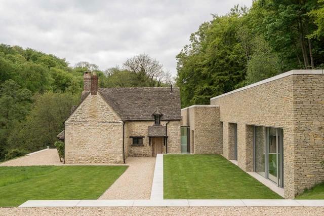 Private House Cotswolds Farmhouse Exterior