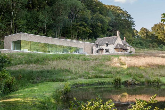 garage barn style building ideas - Private House Cotswolds Modern Exterior london by