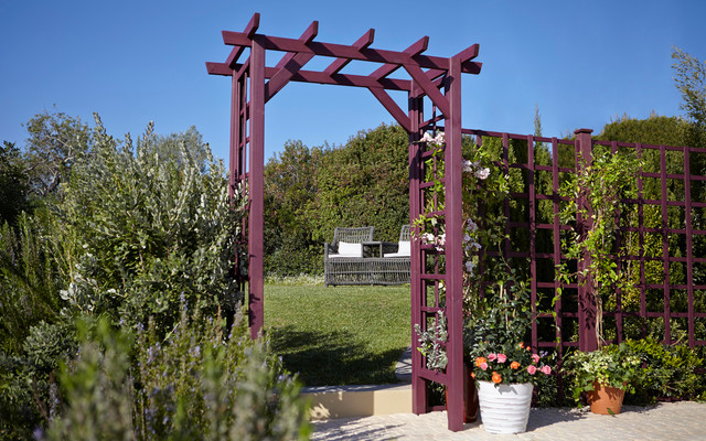 Rowlinson Square Top Wooden Garden Arch - Contemporary - Exterior ...