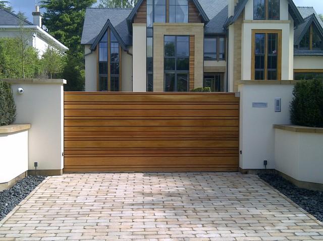 wooden driveway gate design ideas 2