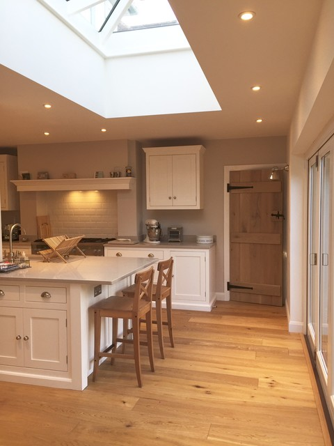 Utility playroom kitchen extension traditional for Traditional kitchen extensions
