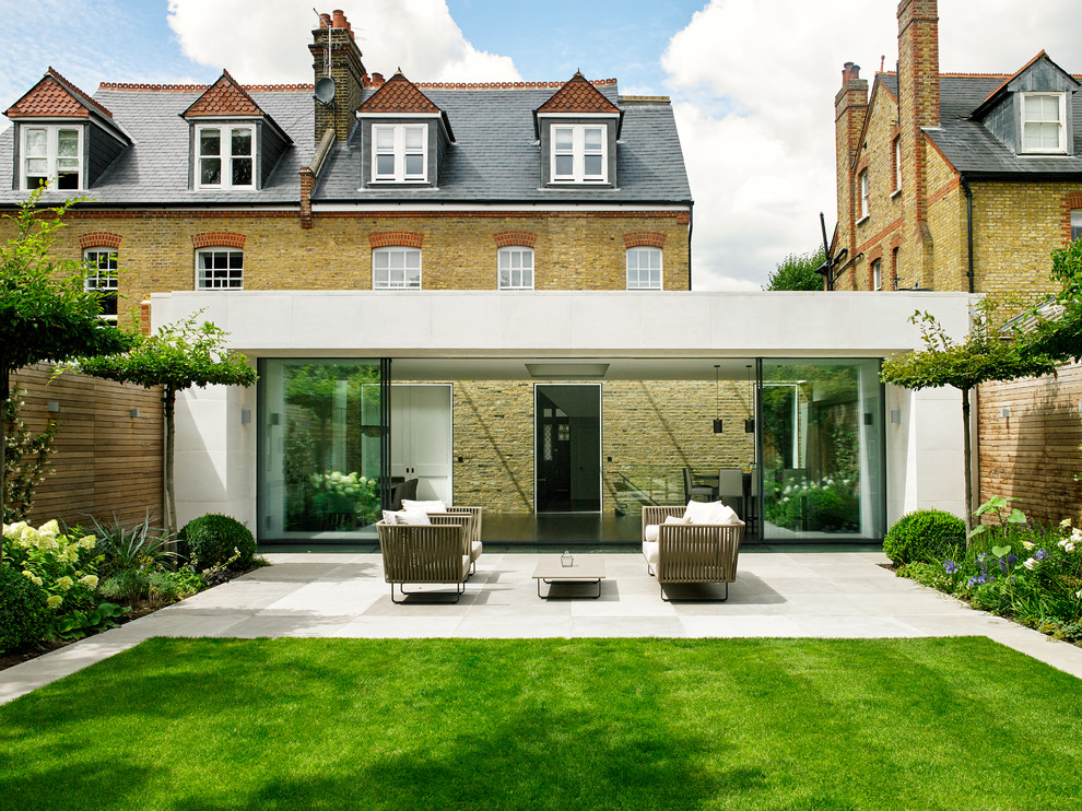 Inspiration for a contemporary exterior home remodel in London