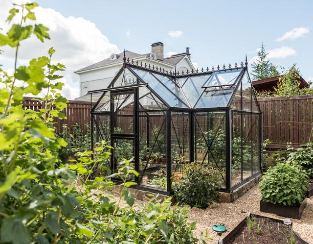 В гостях: Загородный дом актрисы и дизайнера Анастасии Немоляевой traditional-garden
