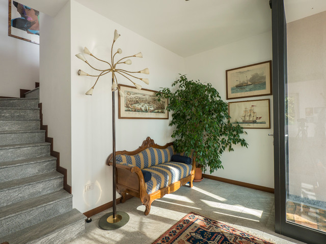 The veranda hall eclectique-entree