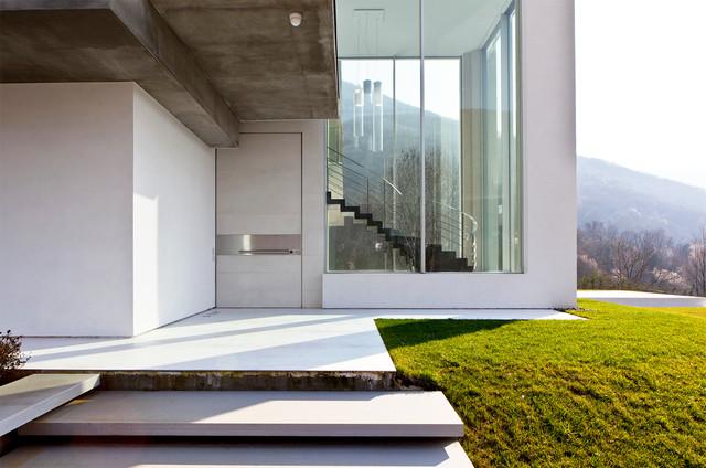 Villa moderne bergame italie for Ville bianche moderne