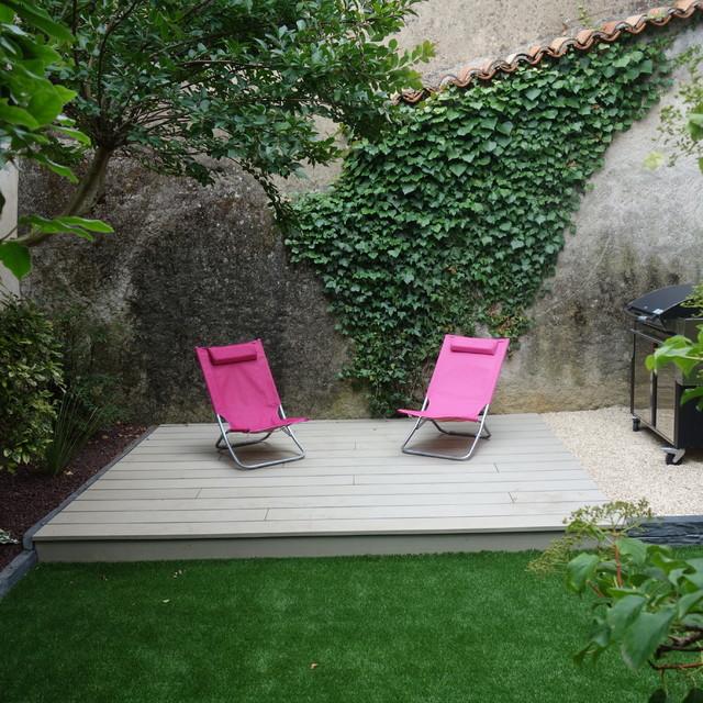 am nagement d 39 un petit jardin avec petite terrasse en bois composite moderne jardin angers. Black Bedroom Furniture Sets. Home Design Ideas