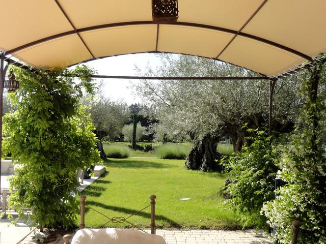 Cabanne for Louis jardin wine