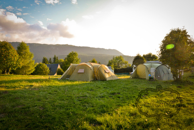 Camping La plage verte - Campagne - Jardin - Clermont-Ferrand - par ...
