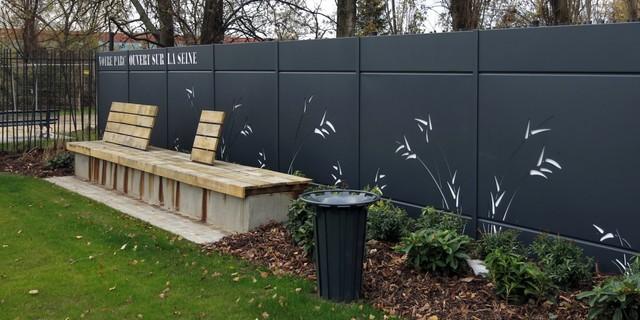 cl tures d coratives moderne jardin nantes par. Black Bedroom Furniture Sets. Home Design Ideas