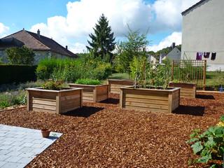 coin potager contemporain jardin dijon par cr ation verte. Black Bedroom Furniture Sets. Home Design Ideas