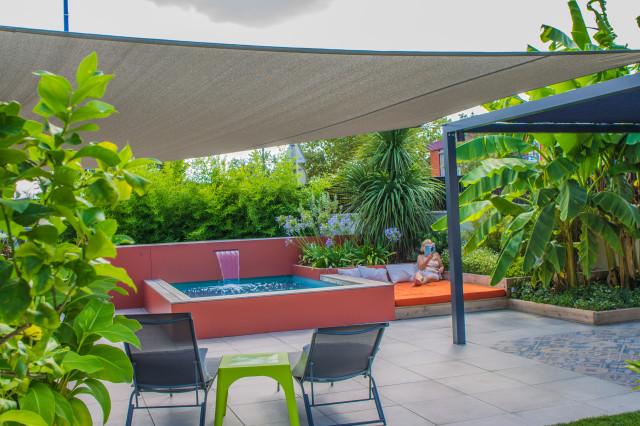 Création d\'un jardin exotique avec micro piscine au abord de ...