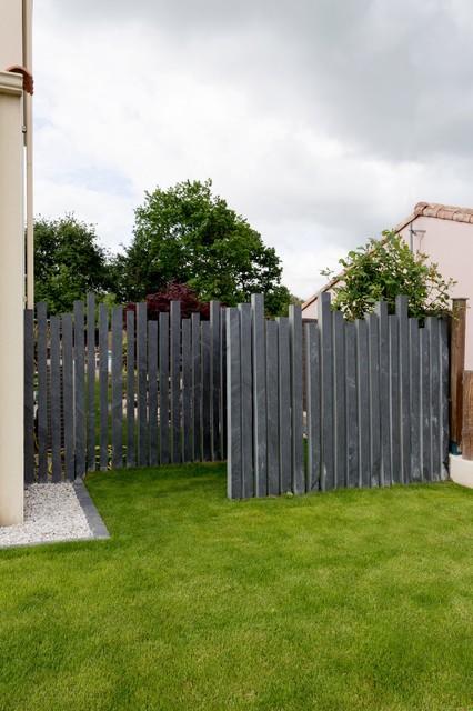 Entrée paysagée moderne - Moderne - Jardin - Nantes - par Jardins de ...