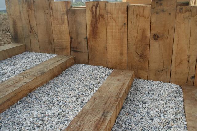 Escalier en traverse contemporain jardin autres - Traverse en bois pour jardin ...