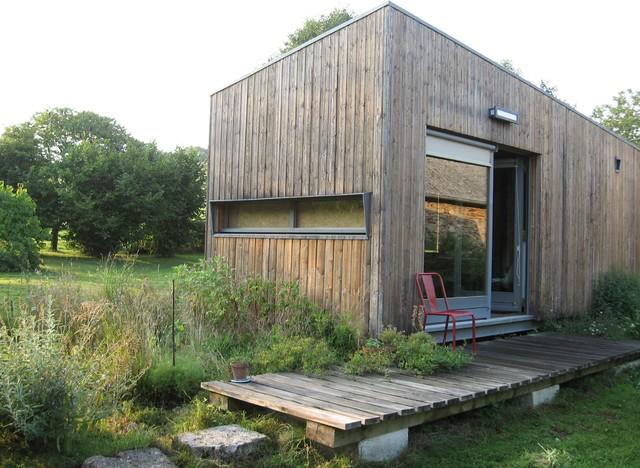 Habitat minimal contemporain jardin dijon par for Habitat contemporain