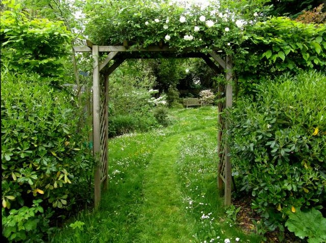 Jardin romantique - Shabby-Chic Style - Garden - Paris - by ...