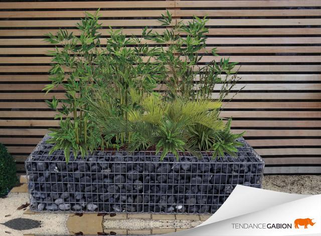 jardini re en gabion contemporain jardin grenoble par tendance gabion. Black Bedroom Furniture Sets. Home Design Ideas